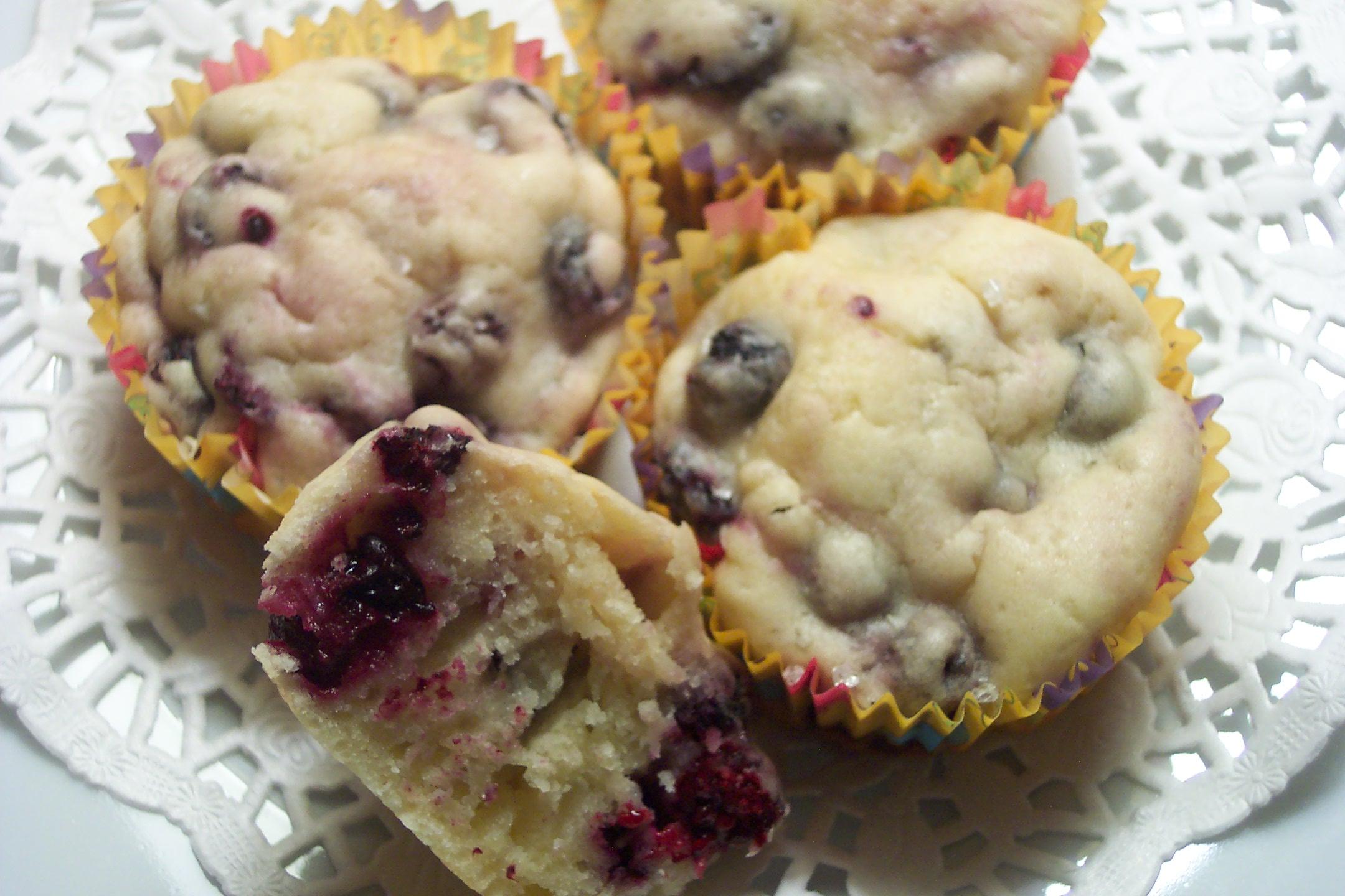 blackberry muffins 018