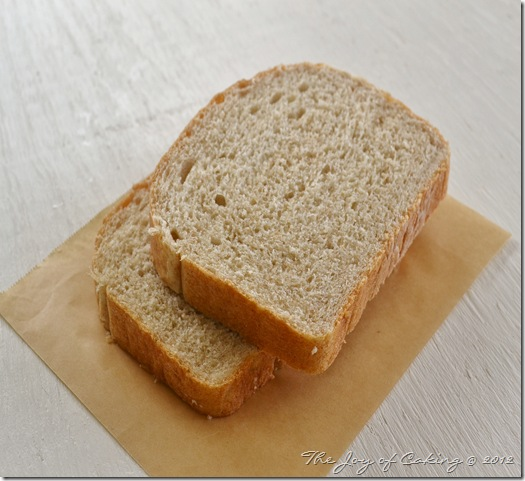 bread and sandwich 001