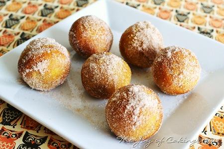 pumpkin doughnuts 026