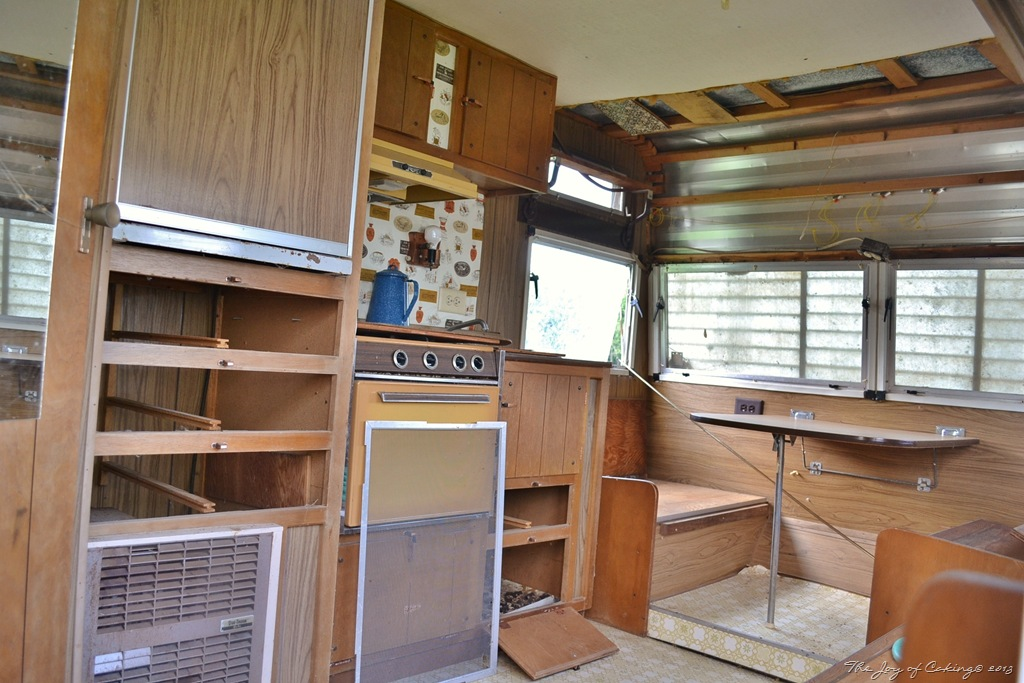 1972 Frolic Camper Restoration Project THE JOY OF CAKING